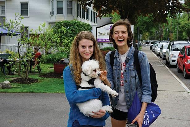 Samala Rubin, Momo, and Zoe Homer outside Taste Budd's in Red Hook. - JOHN GARAY