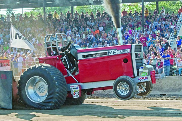 arts_festivals_columbia_county_fair_tractor_pull.jpg