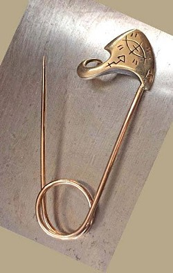 A safety pin by Barbara Klar