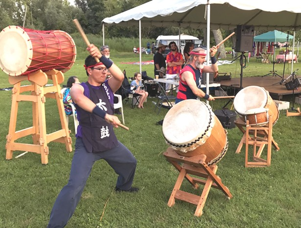 bon_odori_2018_hudson_valley_burlingtontaiko2017light_.jpg