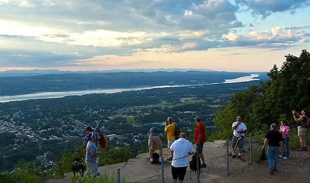 Mount Beacon Park photo: Robert Rodriguez, Jr.