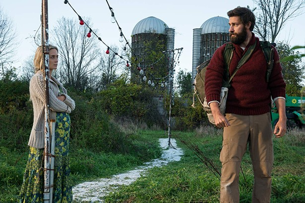 John Krasinski and Emily Blunt in A Quiet Place (2018) - JONNY COURNOYER - © 2018 PARAMOUNT PICTURES. ALL RIGHTS RESERVED.