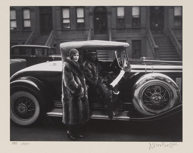 Couple Harlem, James Van Der Zee, - gelatin silver-toned print, 1932.
