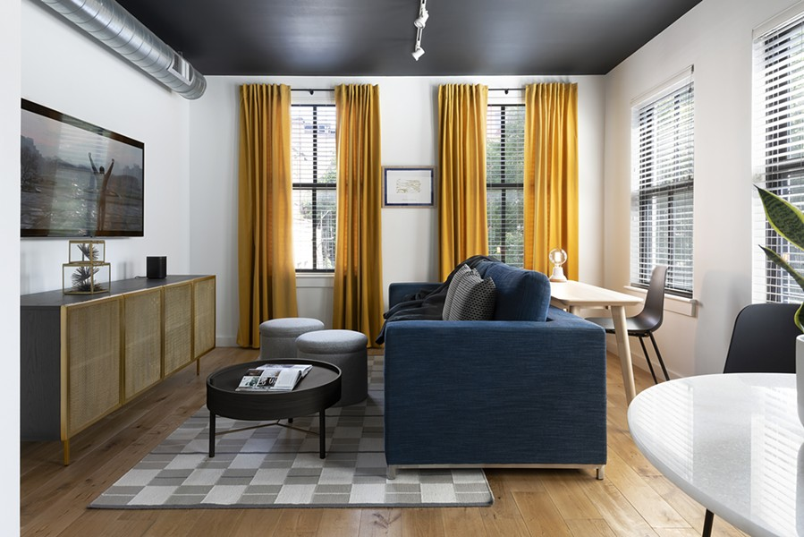 An Air B&B space in Philadelphia that Hendley & Co designed, meant for the traveling professional. - HENDLEY & CO