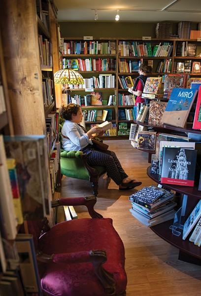 Ye Old Warwick Book Shoppe - CHRISTINE ASHBURN