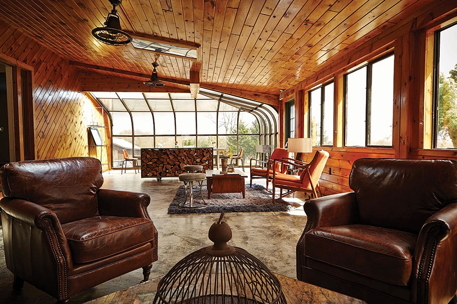 Nine River Road's sunroom