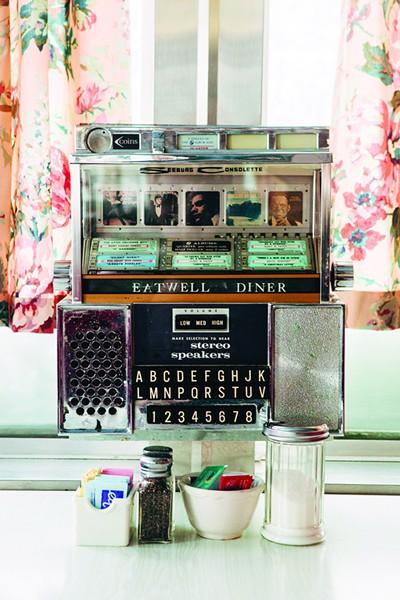 Elizaville Diner - PHOTO: TOM EBERHARDT-SMITH