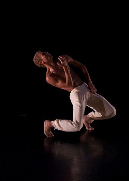 Ari Mayzick, Martha Graham Dance Company Soloist performing at Kaatsbaan. - PHOTO BY GREGORY CARY