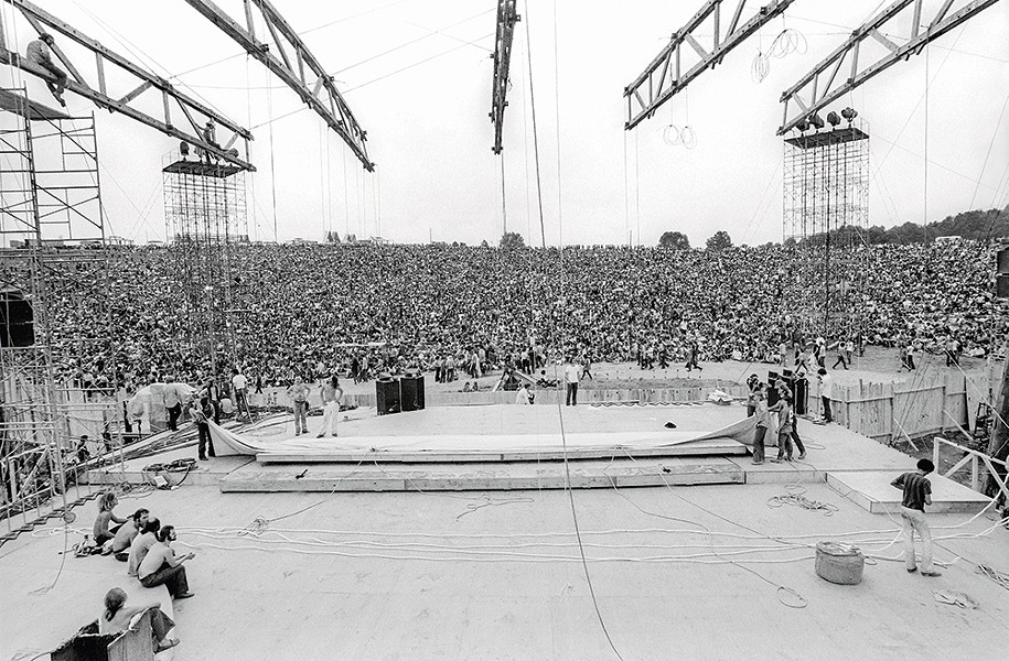 The rotating stage at the Woodstock Festival in August 1969. - © HENRY DILTZ