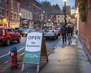 Railroad Street is a neat thoroughfare off Main Street that houses a number of restaurants and retail businesses like Baba Louie's Sourdough Pizza and Karen Allen Fiber Arts.