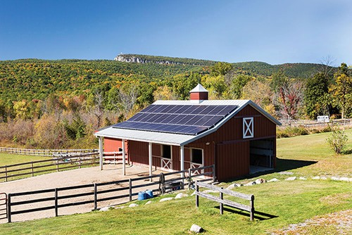 art-of-bz_lighthousesolar_barn-3.jpg