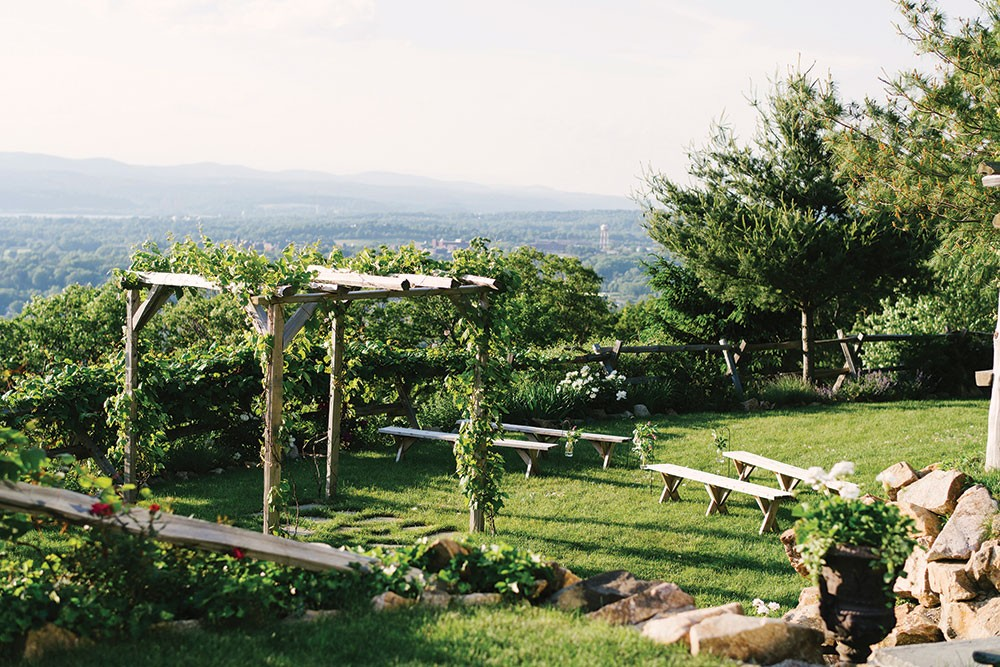 A Curated Guide to Hudson Valley Wedding Venues | Weddings