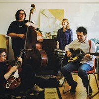 Yo La Tengo Performs at Club Helsinki