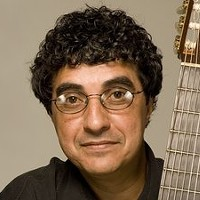 Guitar Great Rogerio Souza Plays Tarrytown