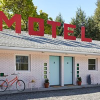 A Star Reborn: Borscht Belt-era Starlite Motel in Kerhonkson, NY Gets New Life