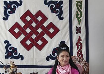 Yungchen Lhamo and Natalie Merchant Play Kingston on Saturday