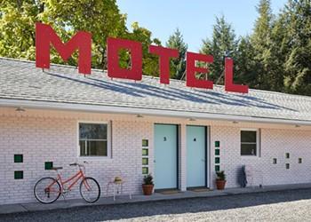 A Star Reborn: Borscht Belt-era Starlite Motel in Kerhonkson, NY Gets New Life