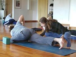 afa0bba3_carisa_beg_yoga_adjust_pic.jpg