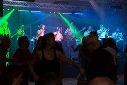 8b4f3bfa_dancing_under_the_stars.jpg
