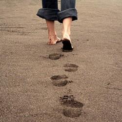 8fc864dc_footprints.jpg
