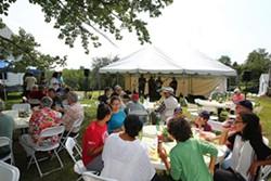 9439e18c_member-picnic-web.jpg