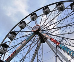 7d5117fc_dreamland_-_giant_wheel_-_360x300.jpg