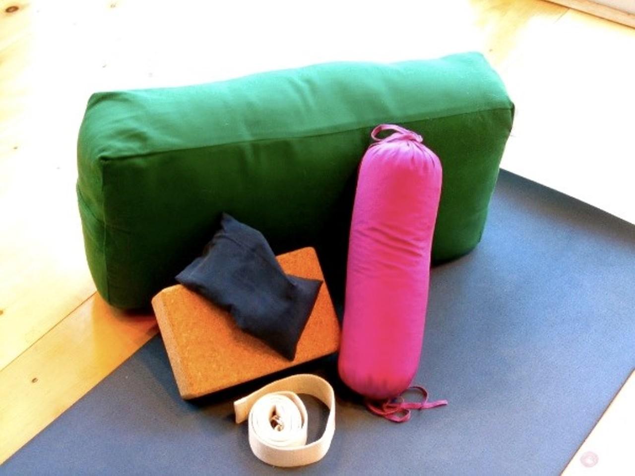Click To Enlarge Da3976de Restorative Yoga 2