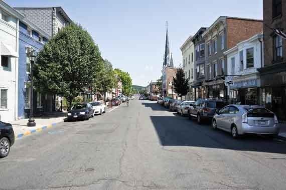 Warren Street looking west. - DAVID CUNNINGHAM