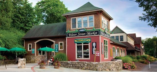 gift-guide--water-street.jpg