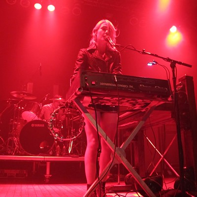 15 photos of Metric playing last night at House of Blues