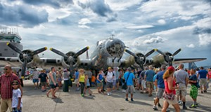 30 Photos from the Cleveland National Air Show