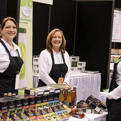 31 Photos from the Fabulous Food Show at the IX Center