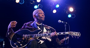 B.B. King performing at Hard Rock Live