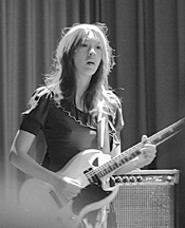 Blonde Redhead's  Kazu Makino, rocking  the - Beachland April 5. - WALTER  NOVAK