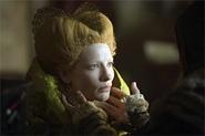 Cate Blanchett, going for that Bride-of-Frankenstein look.