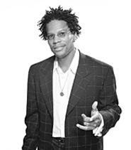 D.L. Hughley wants you to laugh at his jokes.