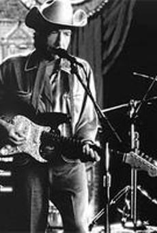 Dylans Never Ending Tour stops at the Plain Dealer Pavilion  on Saturday.