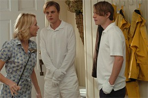 Enough snuff: Naomi Watts defies preppies-gone-psycho Michael Pitt and Brady Corbet.
