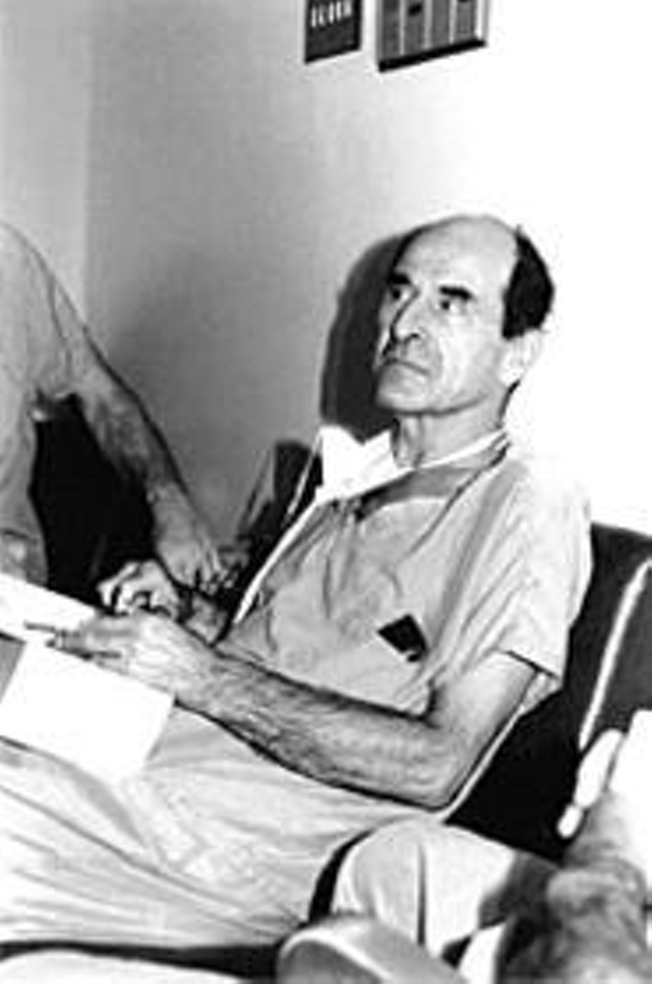 henry heimlich Ah, henry heimlich such an important historic figure so intelligent so hard-working so devious what's that now devious mmm hmm that heimlich was one crafty doctor.