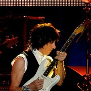 Jeff Beck to Play at Hard Rock Live in May