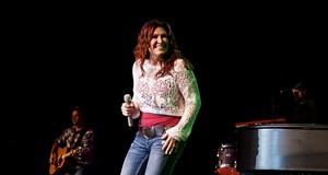 Jo Dee Messina Performing at Hard Rock Live