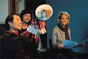 Juliette Binoche (right) and friends, sans balloon.