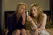 Katherine Heigl and Leslie Mann contemplate the future in a urine sample.