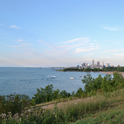 Lend a Hand to Reduce Great Lakes Pollution at Wendy Park
