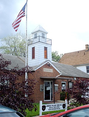 Linndale's town hall, home of the infamous mayor's court.