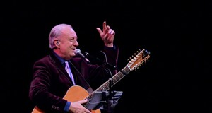 Michael Nesmith performing at the Stocker Center