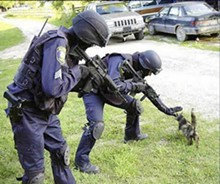 cops_are_stupid2_jpg-magnum.jpg