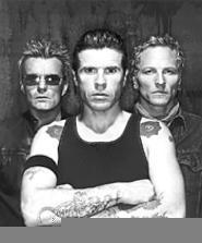 Personality of the Cult: The newly awakened Ian - Astbury (center).