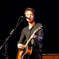 Richard Marx performing at Hard Rock Live