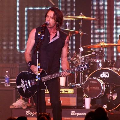 Rick Springfield performing at Hard Rock Live